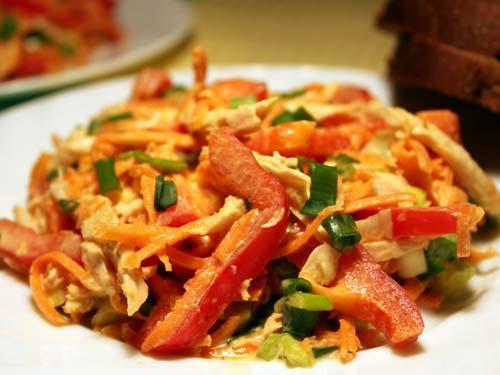 Салат с морковкой по-корейски и омлетом